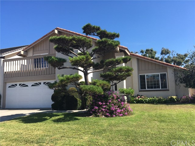 9044 Helm Avenue, Fountain Valley, CA 92708
