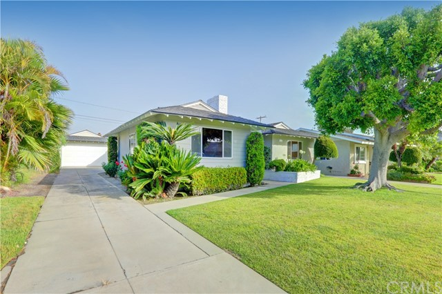 10711 Richeon Avenue, Downey, CA 90241