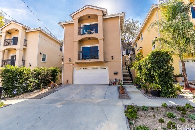 909 Montecito Drive, Los Angeles, CA 90031