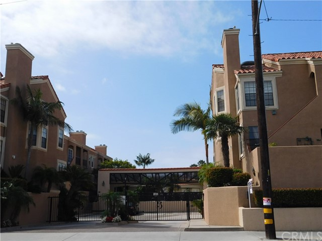 821 W W 15th St #3A, Newport Beach, CA 92663