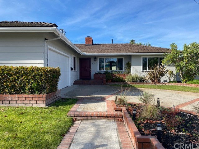 1511 N Greenbrier Road, Long Beach, CA 90815