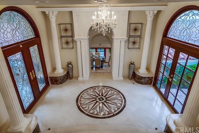 Foyer V