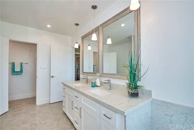 29655 Grandpoint Lane, Rancho Palos Verdes, California 90275, 3 Bedrooms Bedrooms, ,3 BathroomsBathrooms,For Sale,Grandpoint,TR20237265