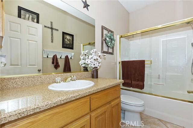 6725 Fremontia St, Oak Hills, CA 92344 Photo 26