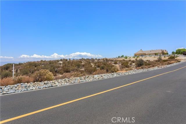 31690 Via Del Senor, Juniper Flats, CA 92548 Photo 23