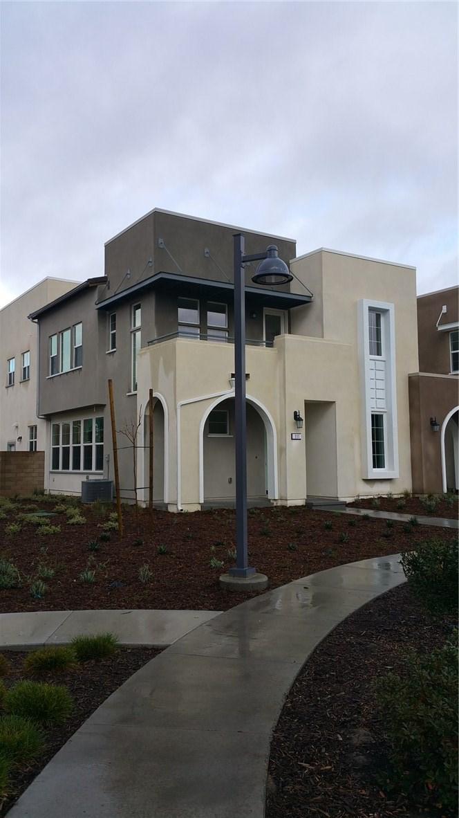 111 Fixie, Irvine, CA 92618 Photo 1