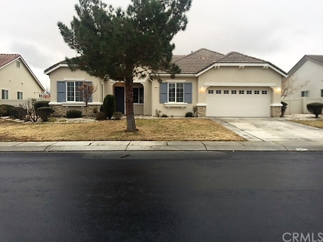 19697 Chicory Court, Apple Valley, CA 92308