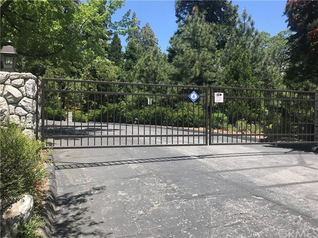 28980 White Dove Lane, Lake Arrowhead, CA 92352