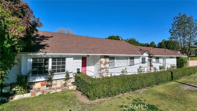 13739 Erwin Street, Valley Glen, CA 91401