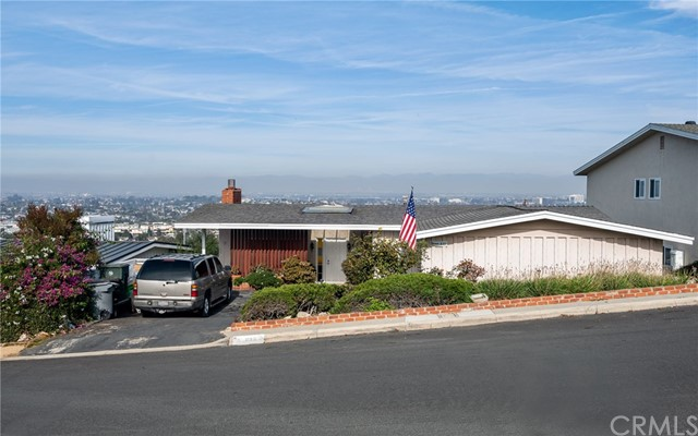837 Calle Miramar, Redondo Beach, California 90277, 3 Bedrooms Bedrooms, ,2 BathroomsBathrooms,For Sale,Calle Miramar,SB20247612