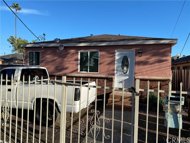 Image 3 of 132 E Caldwell St, Compton, CA 90220