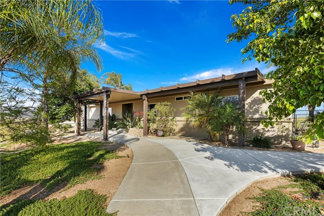 37710 Pourroy Road, Winchester, CA 92596