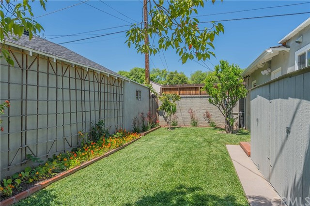 453 N Daisy Av, Pasadena, CA 91107 Photo 31