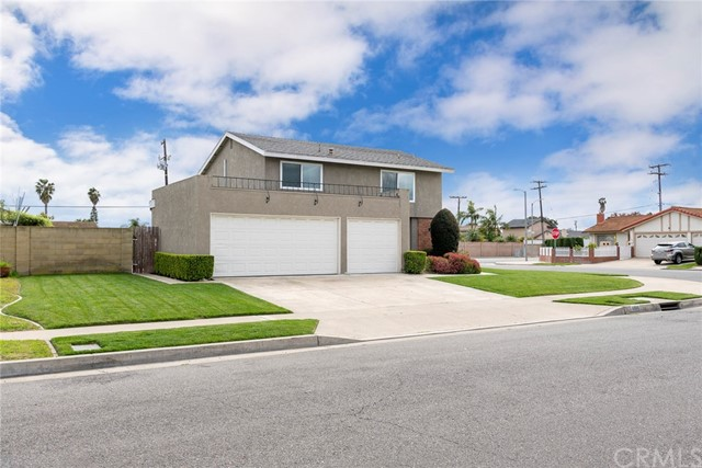 9800 Dandelion Avenue, Fountain Valley, CA 92708