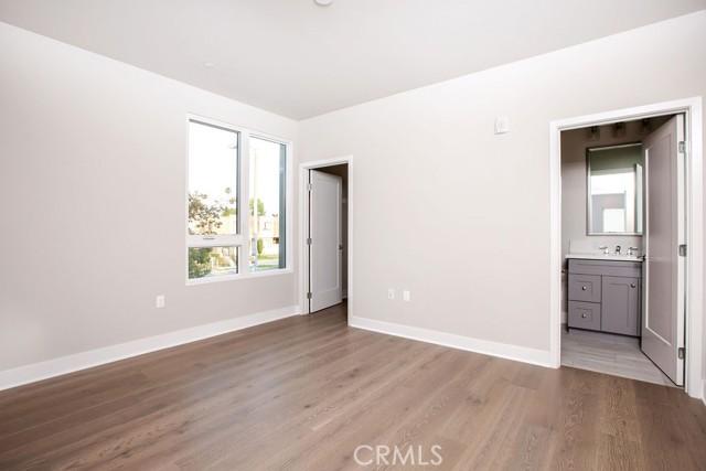 22. 719 S Marengo Avenue #1 Pasadena, CA 91106