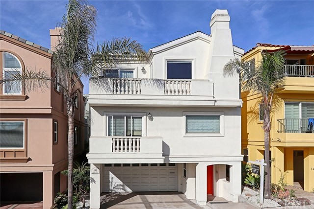 137 Lyndon Street, Hermosa Beach, California 90254, 4 Bedrooms Bedrooms, ,4 BathroomsBathrooms,For Rent,Lyndon,SB17266285