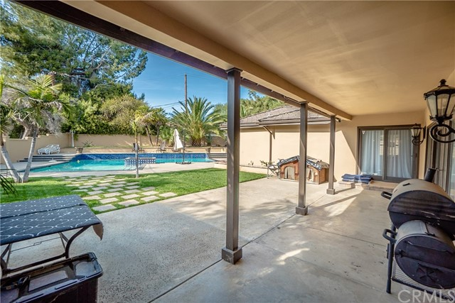 17421 Klee St, Sherwood Forest, CA 91325 Photo 51