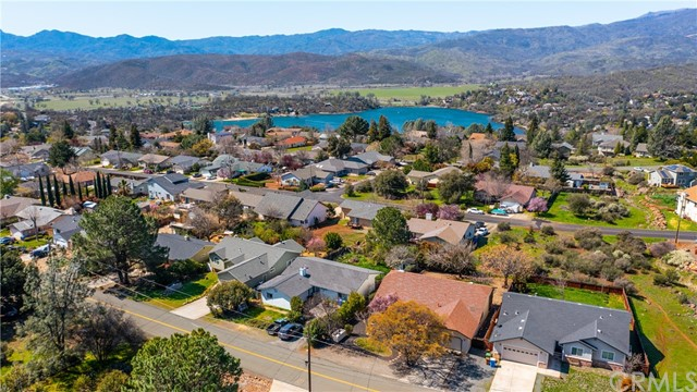 16909 Greenridge Rd, Hidden Valley Lake, CA 95467 Photo 25
