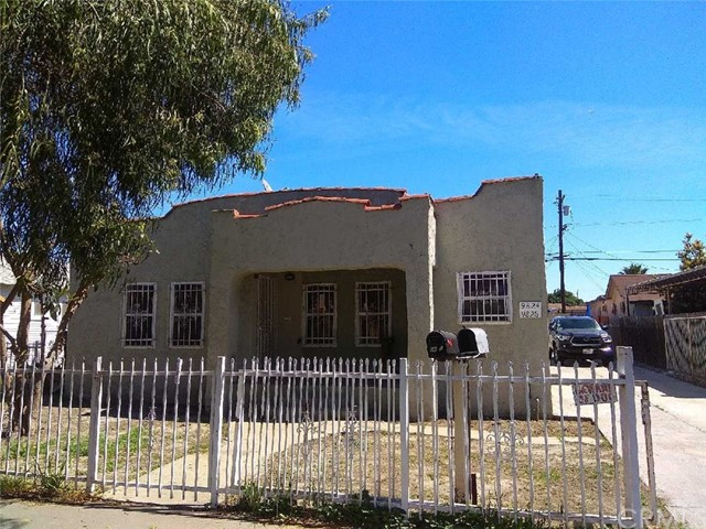 9826 Wilmington Avenue, Los Angeles, CA 90002