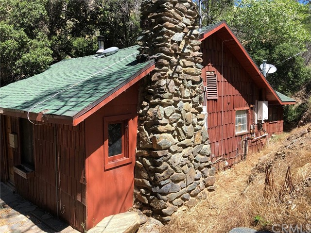 32858 Bouquet Canyon Road, Saugus, CA 31390