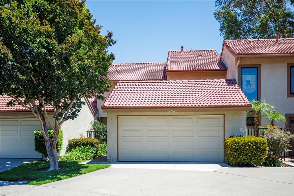 18366     Mapledale Lane, Huntington Beach CA 92646
