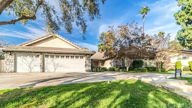 1027 Moab Drive, Claremont, CA 91711