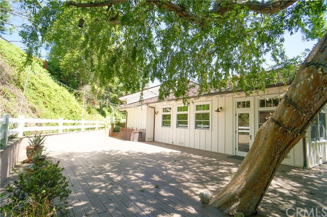 5 Chesterfield Road, Rolling Hills, California 90274, 4 Bedrooms Bedrooms, ,6 BathroomsBathrooms,For Sale,Chesterfield,SB20111523