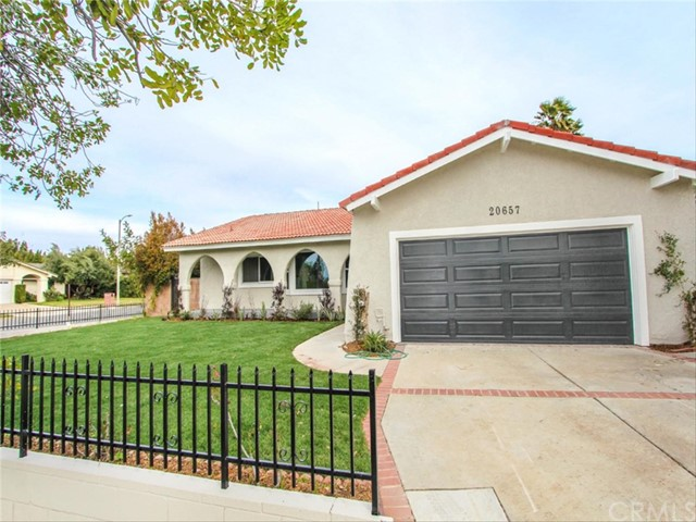 20657 Bermuda Street, Chatsworth, CA 91311