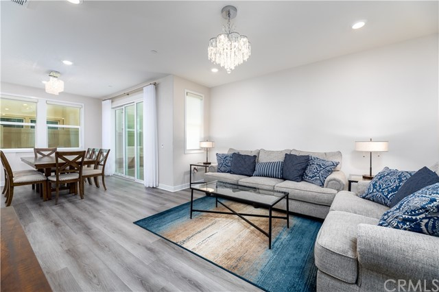 3. 235 Siena Lake Forest, CA 92630