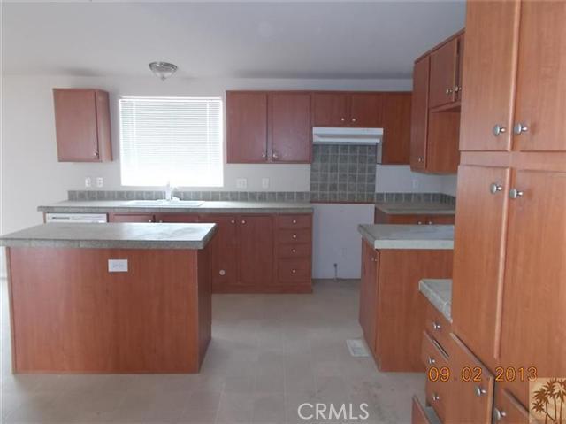 60422 Stearman Rd, Landers, CA 92285 Photo 7