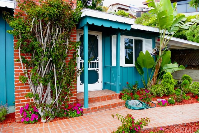 2360 San Clemente Street, Laguna Beach, CA 92651