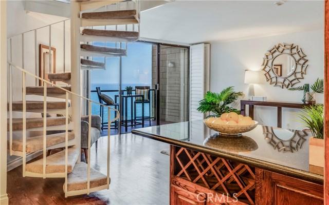 531 Esplanade 901, Redondo Beach, California 90277, 2 Bedrooms Bedrooms, ,3 BathroomsBathrooms,For Sale,Esplanade,SB19000040