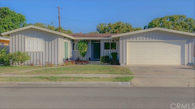 1623 E Fruit Street, Santa Ana, CA 92701
