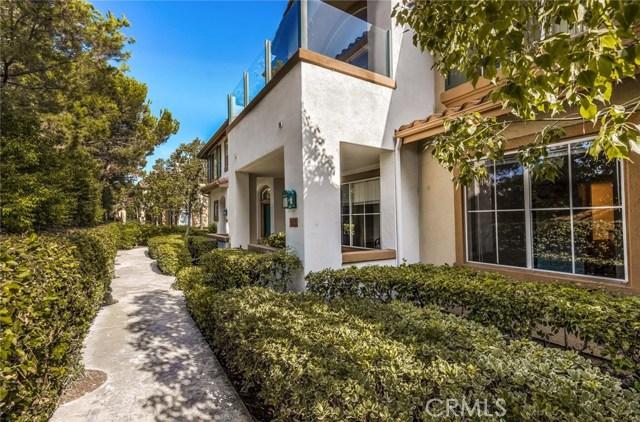 1703 Solvay Aisle 106, Irvine, CA 92606