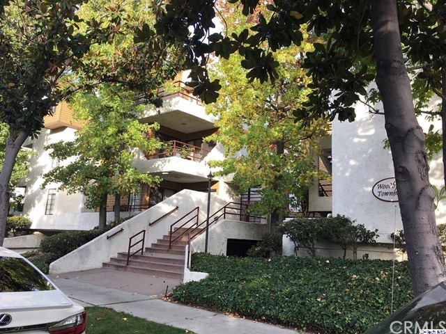 400 N Louise Street 107, Glendale, CA 91206