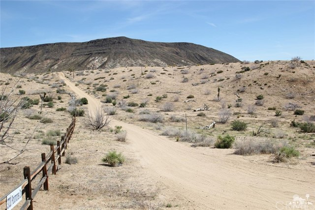 Pipes Canyon 3 lots 20 acres, Pioneertown, CA 92268