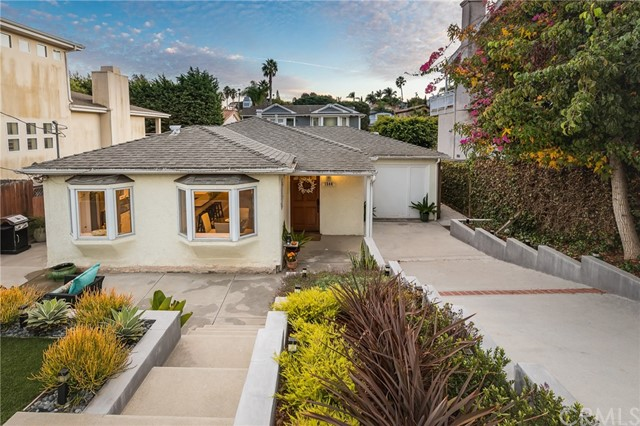 1544 2nd Street, Manhattan Beach, CA 90266