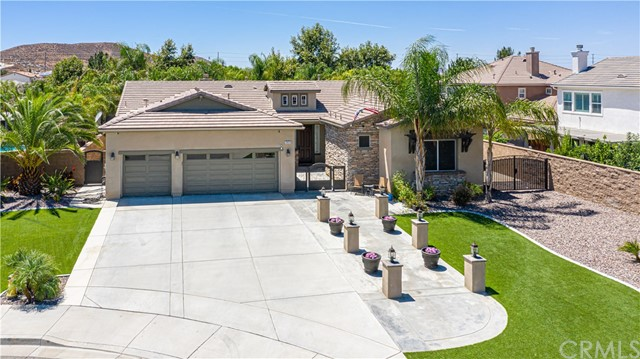 29153 Crescent Bay Court, Menifee, CA 92585