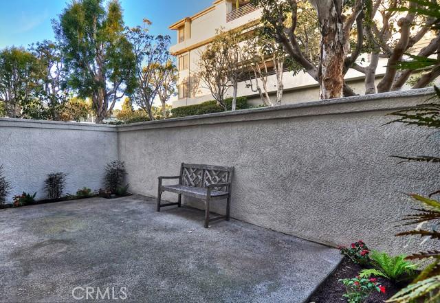 16. 200 Paris Lane #102 Newport Beach, CA 92663