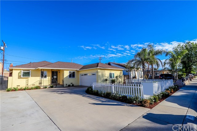 Newly remodeled single-family home in Anaheim featuring 4 bedrooms, 2 bathrooms, 2 car garage, and and oversized driveway. Home features include wood floors and granite countertops. Proximate too many local shopping centers, schools and 57, 91 and 5 freeways.
