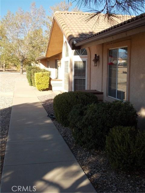 13810 Farmington St, Oak Hills, CA 92344 Photo 18