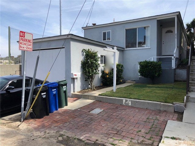 856 Cypress Avenue, Hermosa Beach, CA 90254