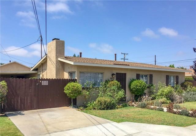183 Santa Isabel Avenue, Costa Mesa, CA 92627