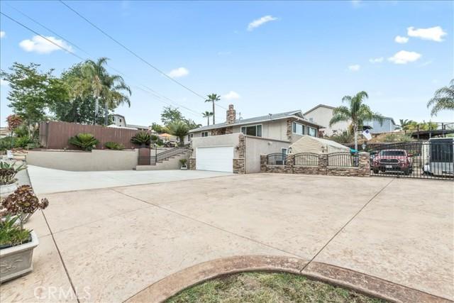 35. 420 Palomino Road Fallbrook, CA 92028