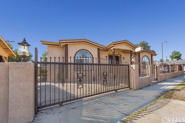 13102 Welby Way, Valley Glen, CA 91606