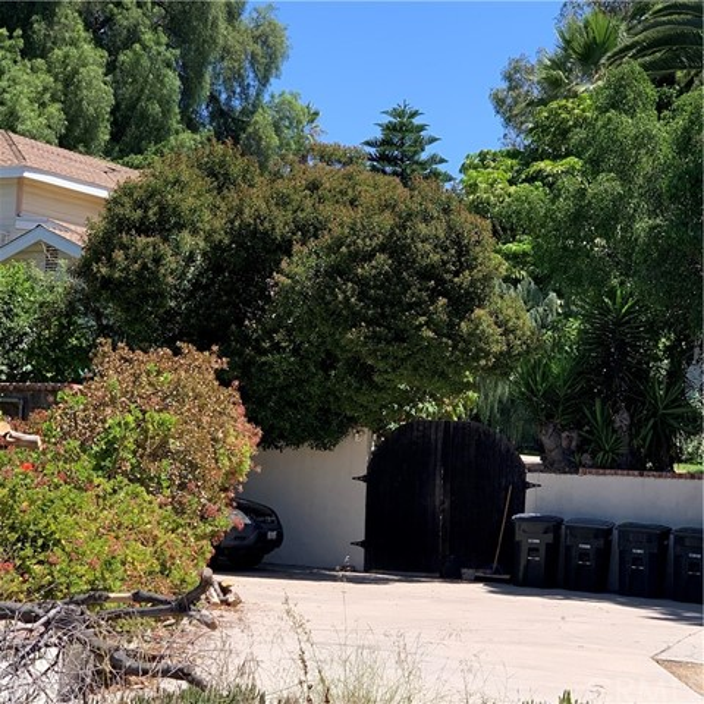 6170 E Old Chapman Avenue, Orange, CA 92869