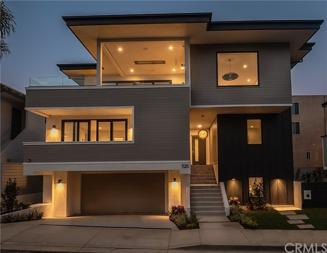 520 Pine Street, Hermosa Beach, CA 90254