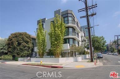 11321 Missouri Avenue 202, Los Angeles, CA 90025