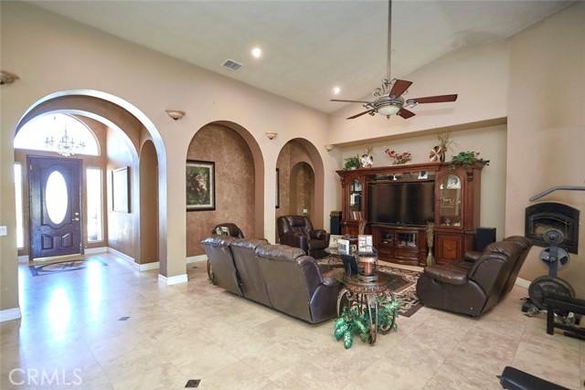 7760 Barker Rd, Oak Hills, CA 92344 Photo 7