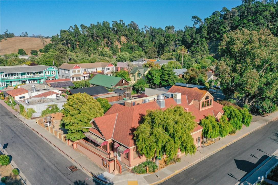 2150 Center St, Cambria, CA 93428 Photo 2